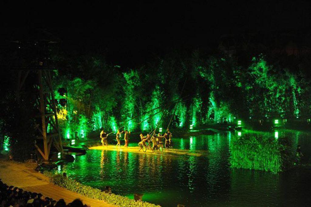 """Show thực cảnh """"Tinh hoa Việt Nam"""" tại Grand World với sự kết hợp của âm thanh, ánh sáng đỉnh cao sẽ mang lại cảm xúc thăng hoa cho du khách"""